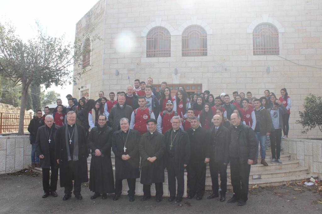 Beit Jala- Holy Land Coordination in a visit to the school